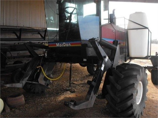 1999 Mac Don 9300 - Farm Machinery for Sale
