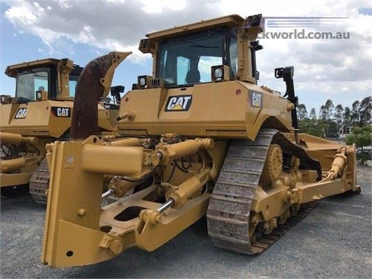 2012 Caterpillar D8T Heavy Machinery for Sale