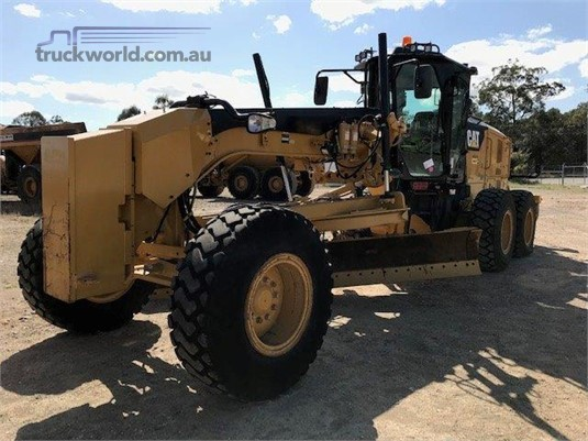 2014 Caterpillar 140M2 Heavy Machinery for Sale