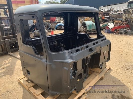 0 Mack Parts - Parts & Accessories for Sale