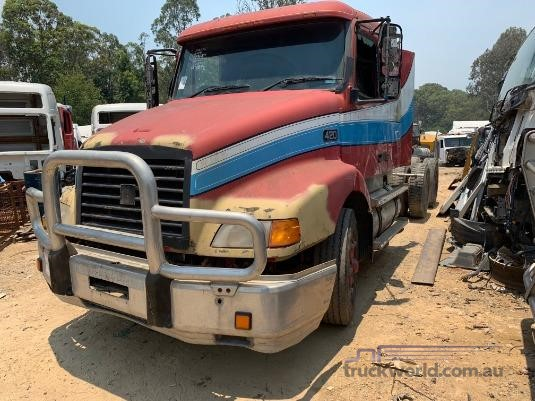 1997 Volvo NH12 - Wrecking for Sale