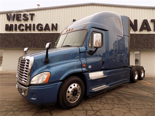 2015 Freightliner Cascadia >> Lot 3825 2015 Freightliner Cascadia 125 Evolution