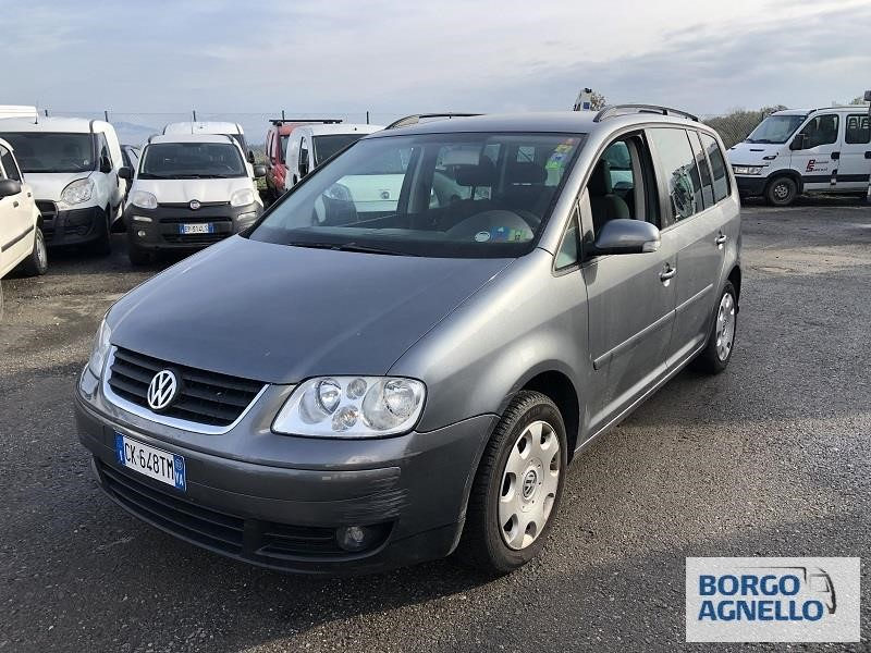 Volkswagen TOURAN Uzywany