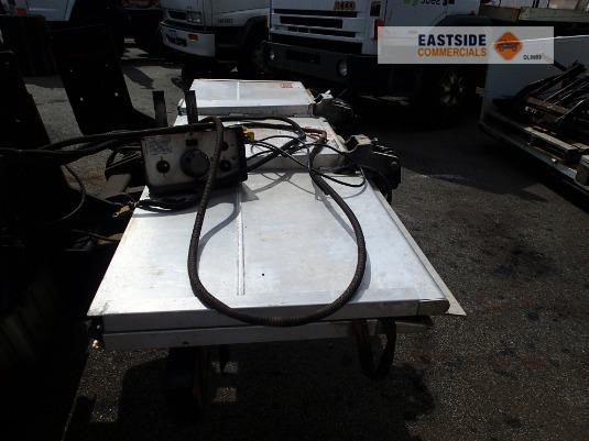 2011 Anteo 1000kg Tuckway Tailgate Loader Eastside Commercials - Cranes & Tailgates for Sale