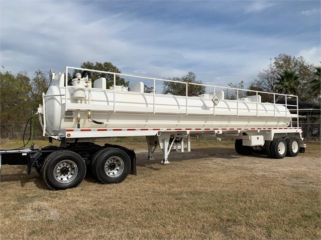2010 OVERLAND DOT 130 BARREL CS VACUUM TRAILER For Sale In Channelview,  Texas