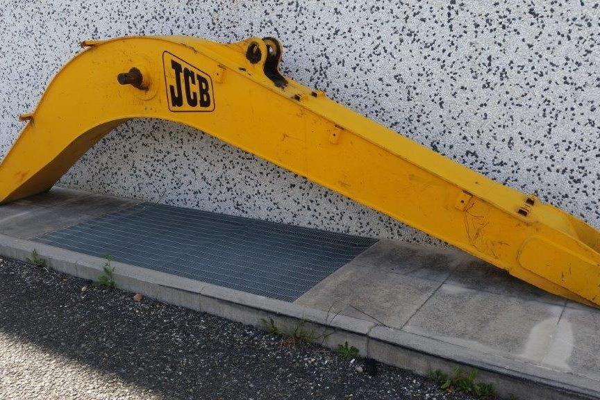 JCB JS290 Usato