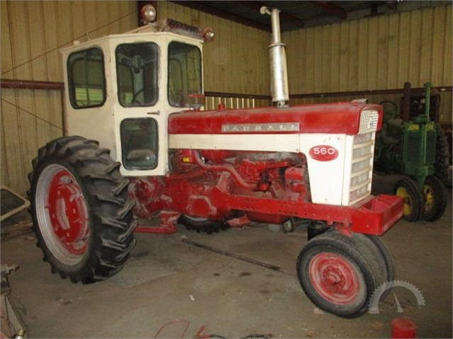 1962 INTERNATIONAL 560 At AuctionTime