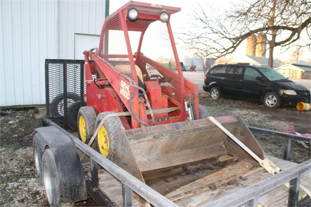 1980 GEHL 2500 For Sale In Claremont, Illinois
