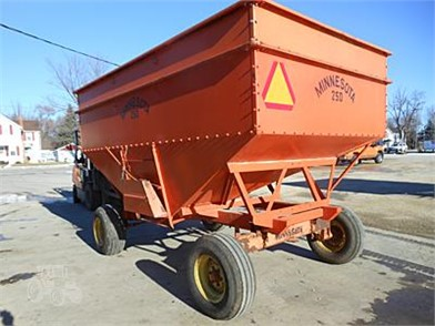 MINNESOTA Gravity Wagons For Sale - 13 Listings