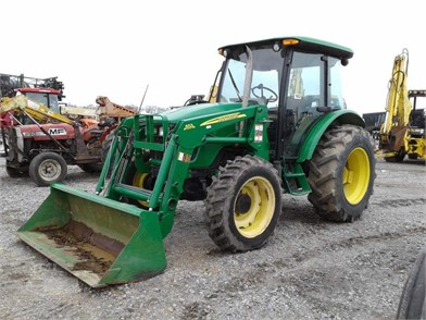 JOHN DEERE 5083E TRACTOR W/ LOADER   Auction Results - 1