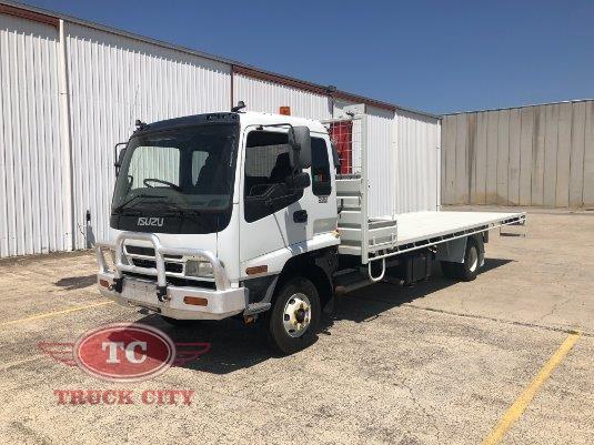 2006 Isuzu FRR 500 Long Truck City - Trucks for Sale