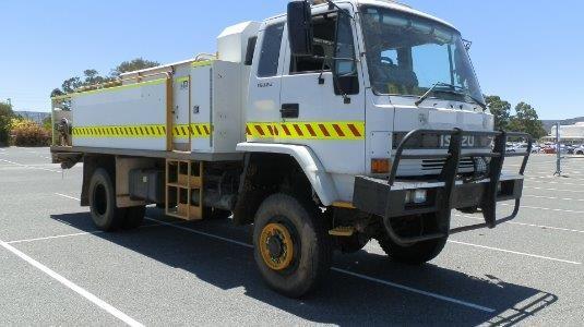 1995 Isuzu FTS 700s 4x4 - Trucks for Sale