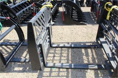 NEW HYD  ADJUSTABLE FORK POSITIONER Other Auction Results - 4