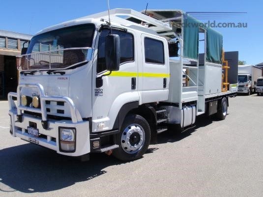 2014 Isuzu FTR 900 Long Premium AMT - Trucks for Sale