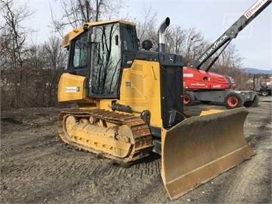 Dozers For Rent - 2113 Listings | RentalYard com - Page 1 of 85