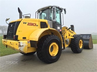 NEW HOLLAND W190B
