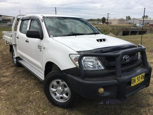 2011 Toyota Hilux Kun16r My10 Sr Light Commercial for Sale