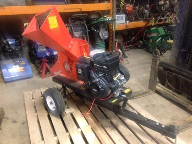 DR POWER C18 CHP Pull-Behind Wood Chippers Logging Equipment