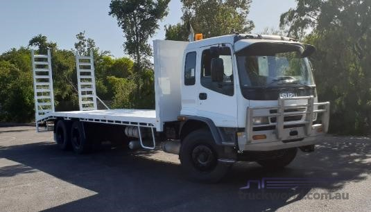2002 Isuzu FVZ - Trucks for Sale