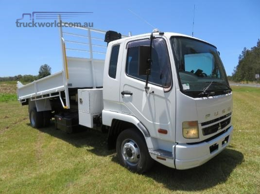 2009 Fuso Fighter 6 - Trucks for Sale