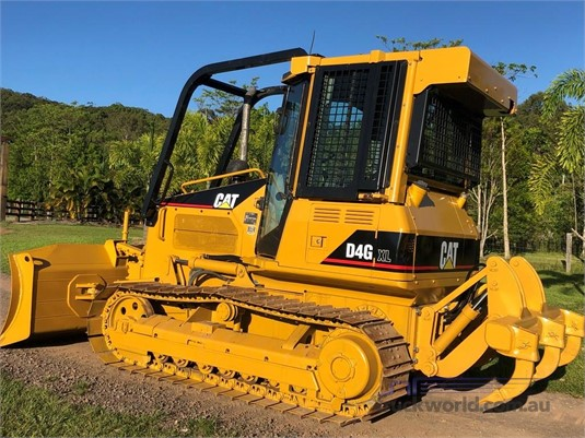 2004 Caterpillar D4G XL Heavy Machinery for Sale