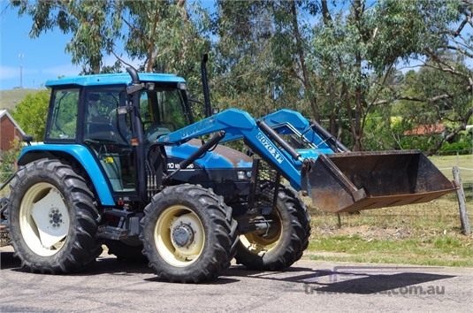 2010 New Holland TS110 - Farm Machinery for Sale