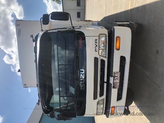 2001 Isuzu FVR - Trucks for Sale