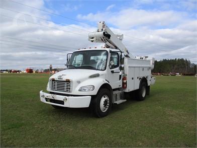 FREIGHTLINER Service Trucks / Utility Trucks / Mechanic