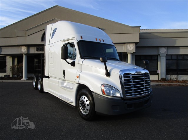 Freightliner Of Hartford >> 2015 Freightliner Cascadia 125 Evolution For Sale In East Hartford Connecticut