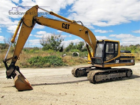 1993 Caterpillar 320 - Parts & Accessories for Sale