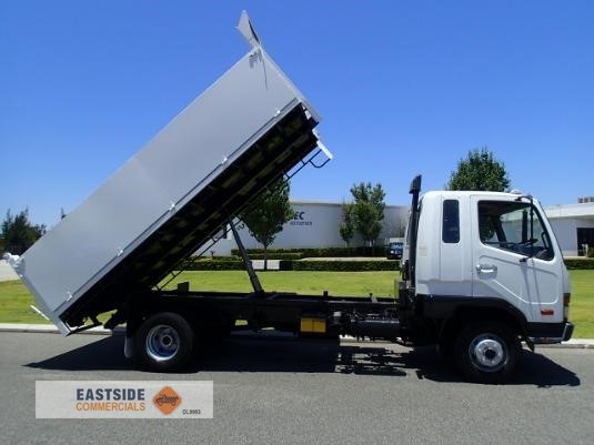 1998 Mitsubishi Fighter 6 Eastside Commercials - Trucks for Sale