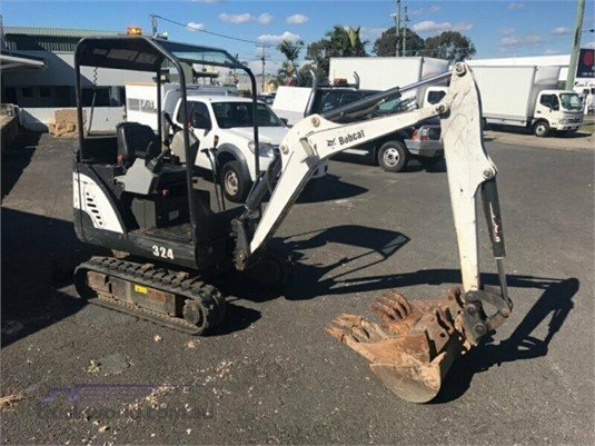 2013 Bobcat 324 Heavy Machinery for Sale