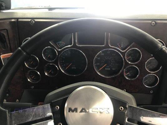 2010 Mack Trident - Truckworld.com.au - Trucks for Sale