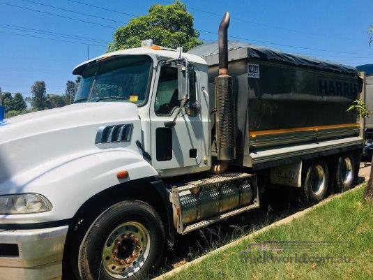 2008 Mack Granite Trucks for Sale