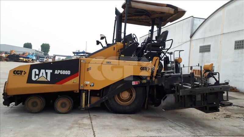 Caterpillar AP-600D #Used