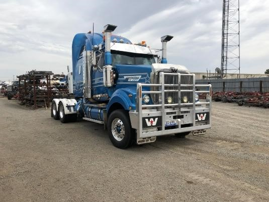 2013 Western Star 4964FXC - Wrecking for Sale