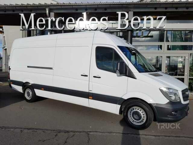 MERCEDES-BENZ SPRINTER 319