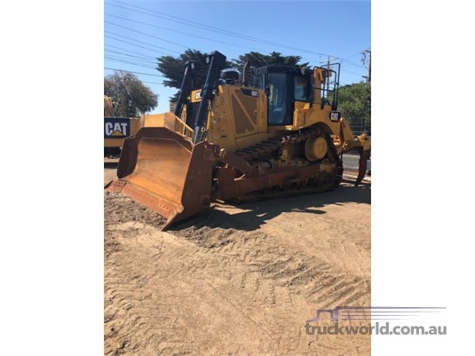 2016 Caterpillar D8T Heavy Machinery for Sale