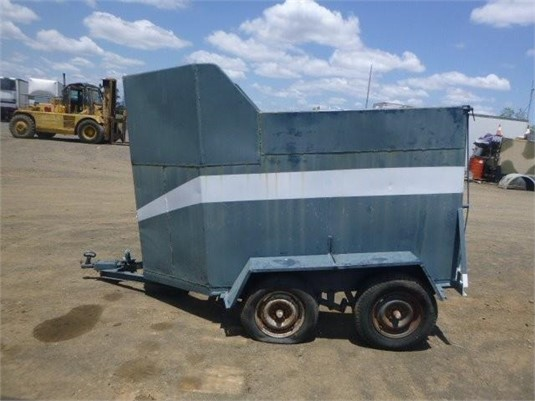0 Custom Horse Float - Trailers for Sale