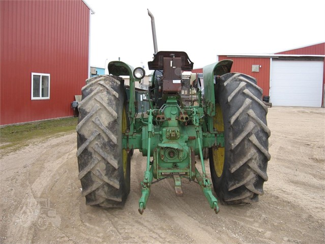 TractorHouse com | JOHN DEERE 2940 Dismantled Machines