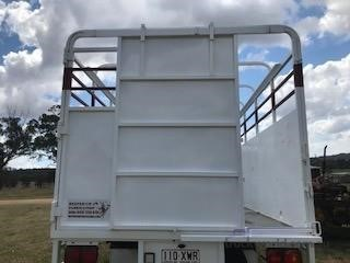 2010 Hino FD1J Western Traders 87 - Trucks for Sale