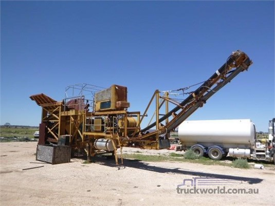 Hawker Crushing Plant Western Traders 87 - Farm Machinery for Sale