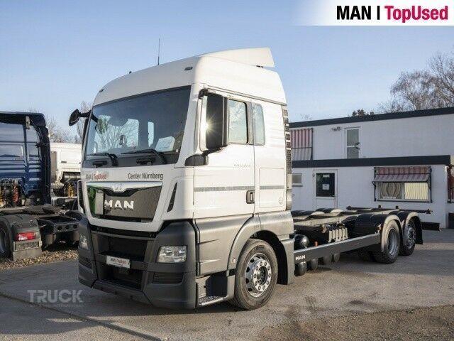 MAN TGX24.440