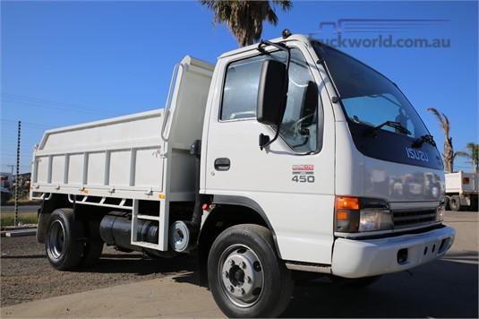 2005 Isuzu NQR 450 Tipper, 4x2 Truckworld
