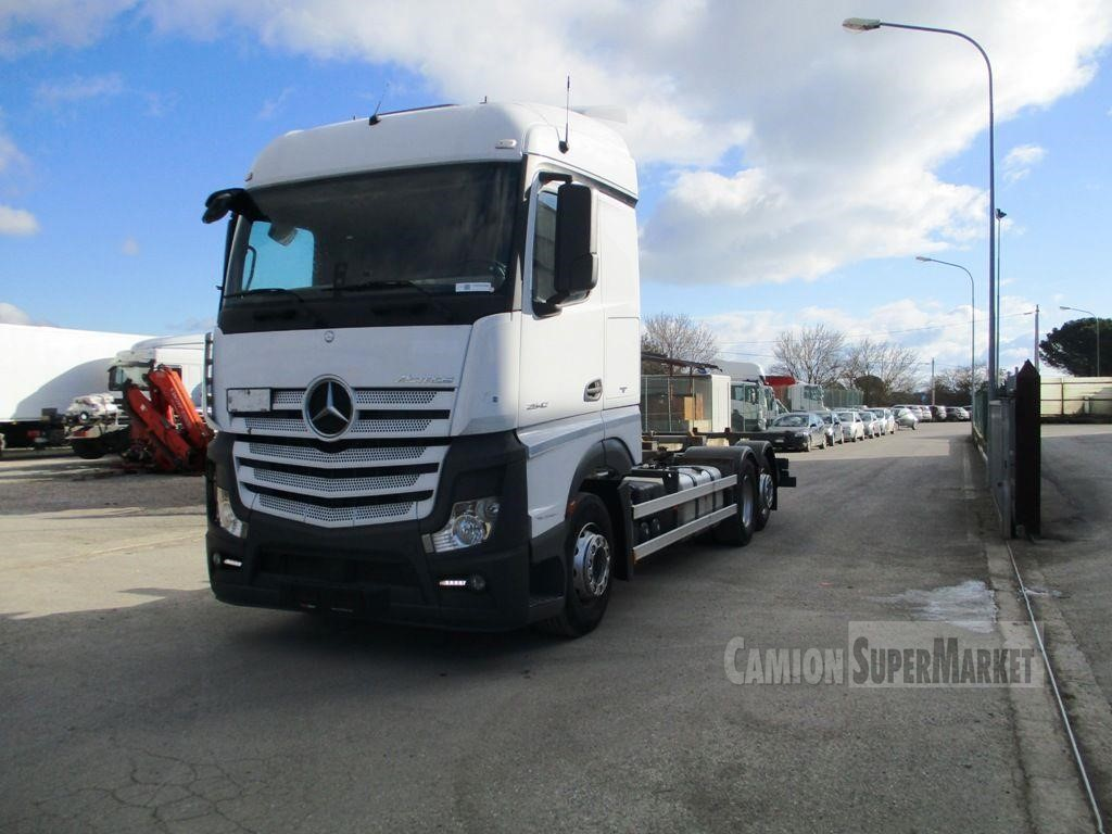 Mercedes-Benz ACTROS 2542 used 2014