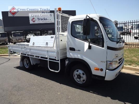 2008 Hino 616 Cross Country Trucks Pty Ltd - Trucks for Sale