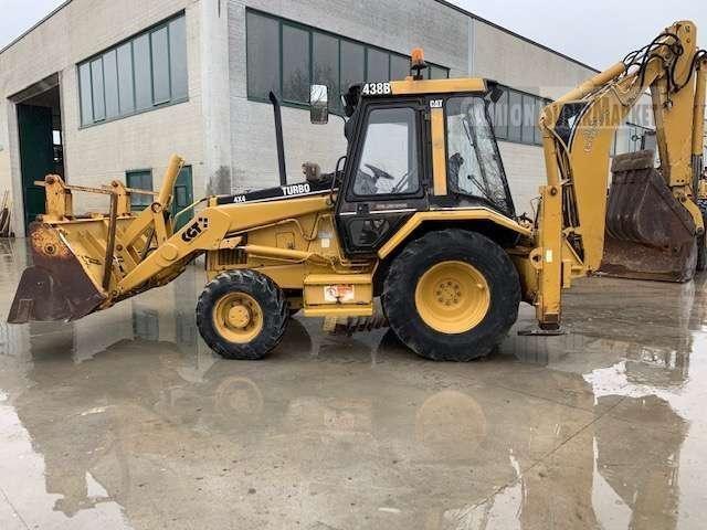 Caterpillar 438B