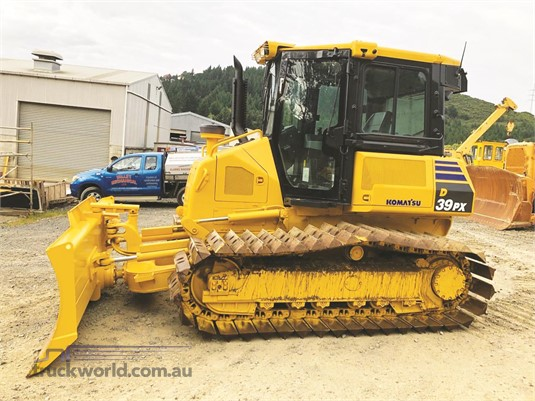 2016 Komatsu D39PX-22 - Heavy Machinery for Sale