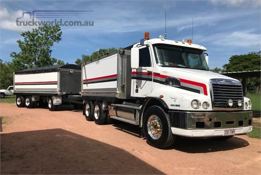 2012 Freightliner CENTURY 120 - Trucks for Sale