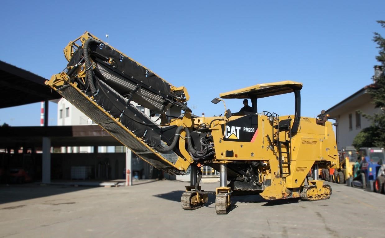 Caterpillar PM-200